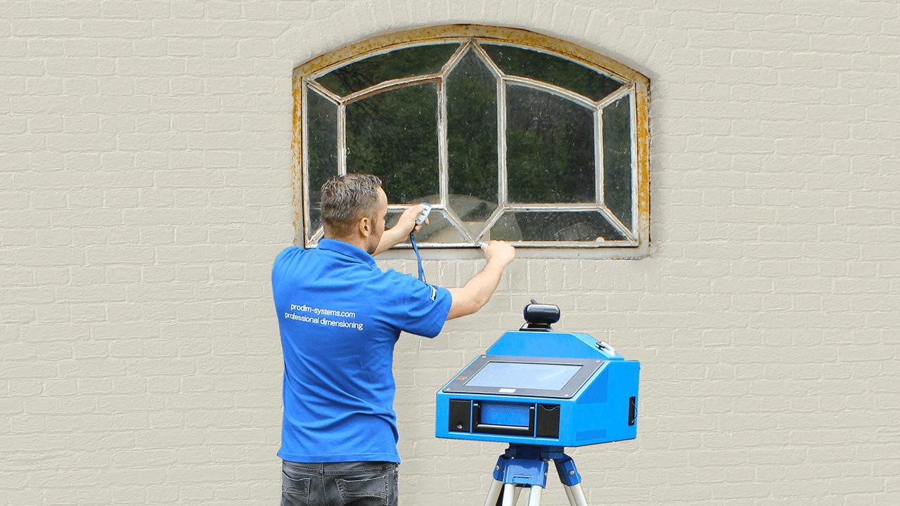 Soluciones industriales para Puertas y Ventanas PRODIM – Midiendo ventanas